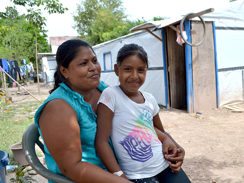 woman and daughter in honduras